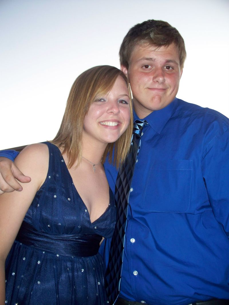 Homecoming dance 2008 006